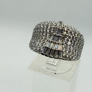 GLAMOROUS SILVER CZ BLINGY RING